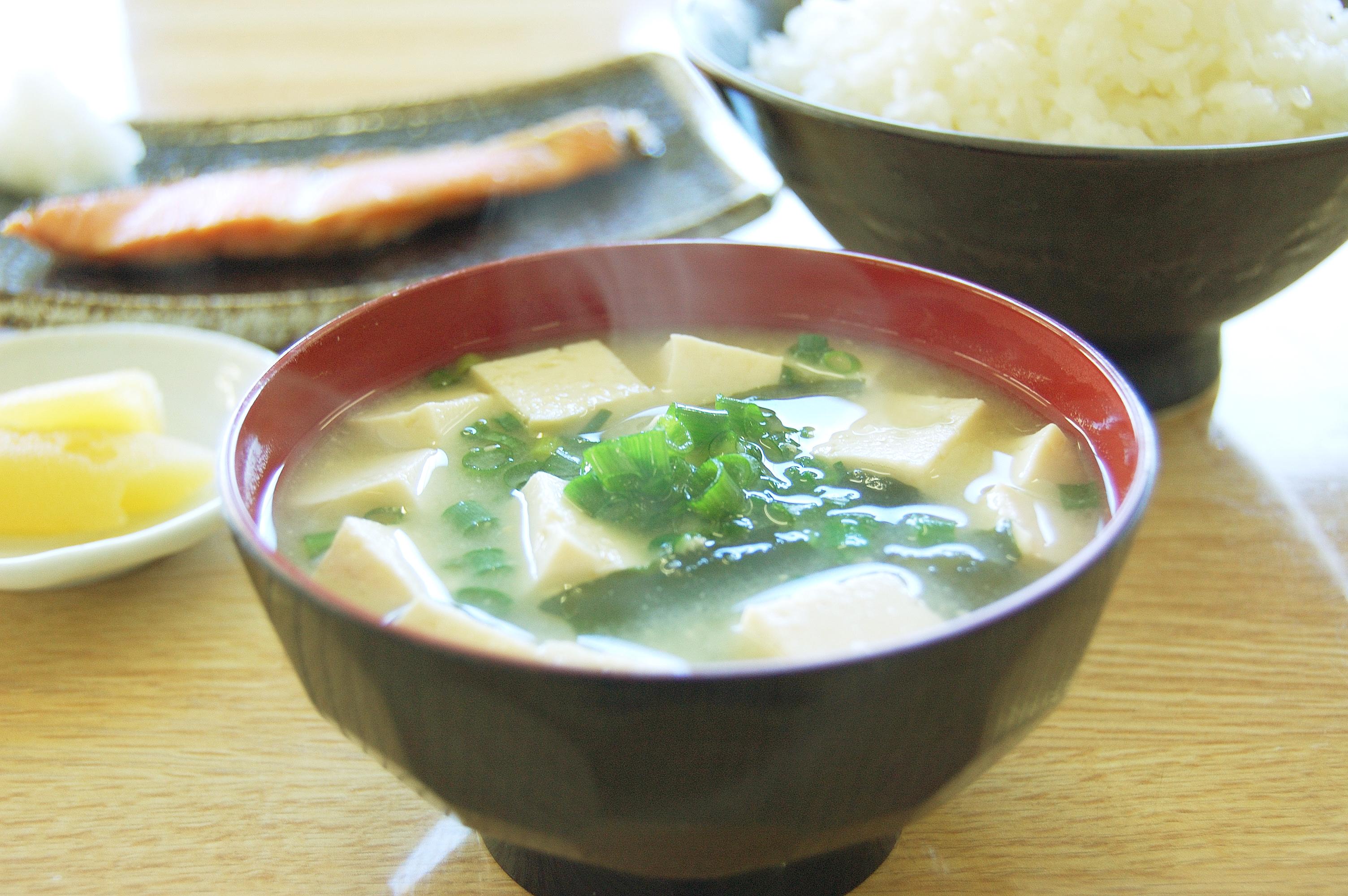 ●豆腐わかめ味噌汁