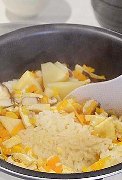 「筍ご飯」と「魚の煮付け」を作ってみんなで囲みました!